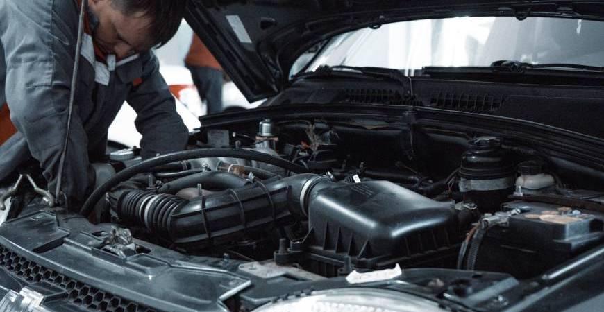Kontrola auta v servisu